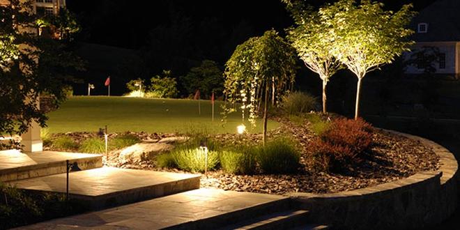 Как сделать освещение дачного участка